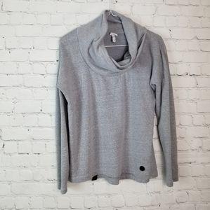 Bench long sleeve gray top
